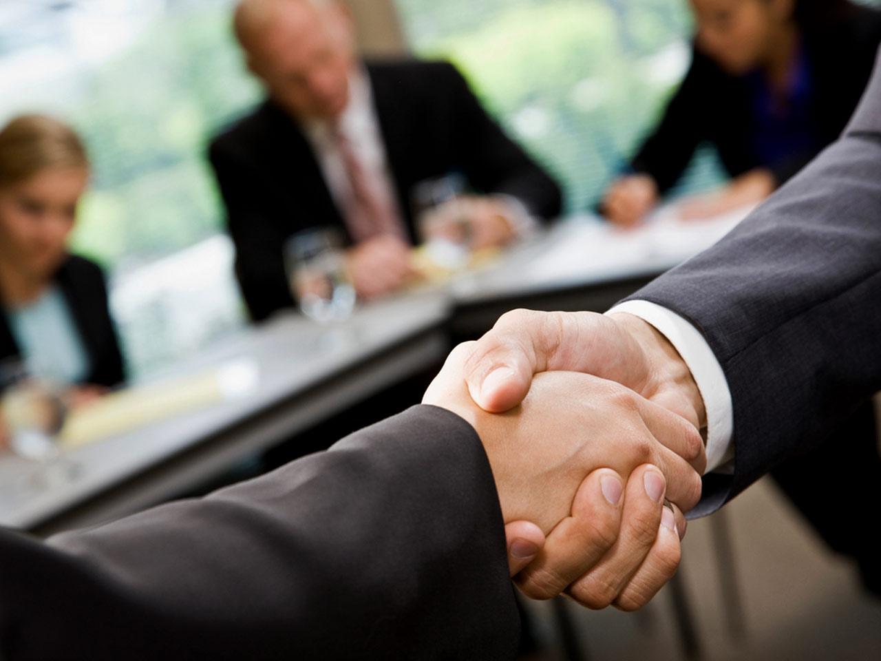 (SANM) is unchanged at $35.60 Sanmina Appoints David Anderson As…